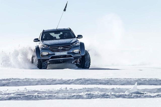 SUV Santa Fe supostamente cruzando a Antártida
