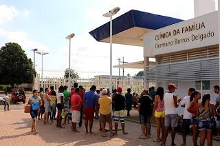 http://vnoticia.com.br/noticia/2475-dia-d-de-vacinacao-contra-a-febre-amarela-neste-sabado-03