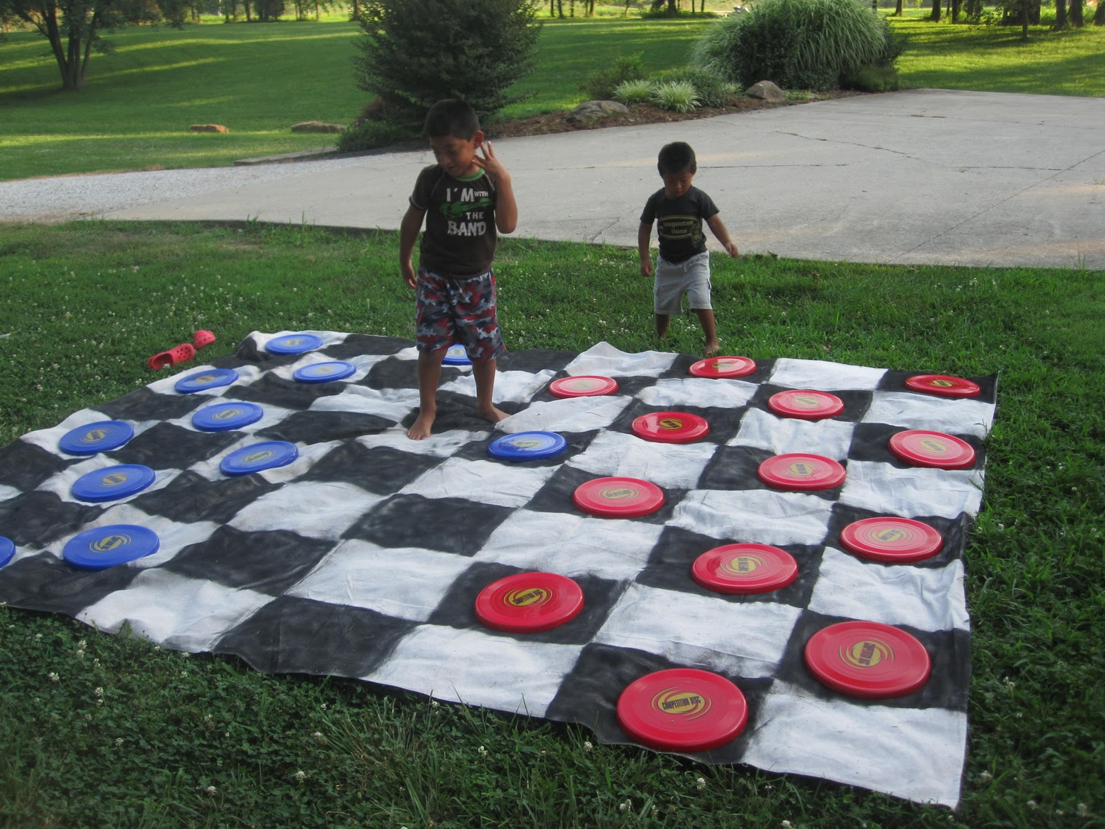 {the Graber Gab}: Giant Outdoor Checkers