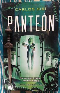 Portada del libro Panteón, de Carlos Sisí
