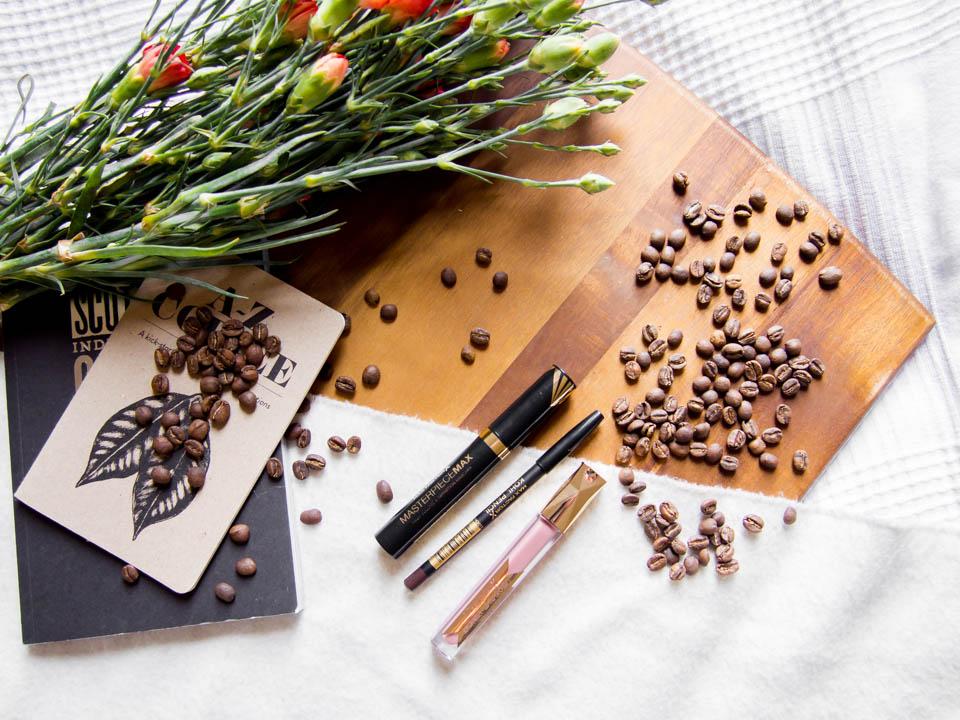 brown-mascara-kohl-pencil