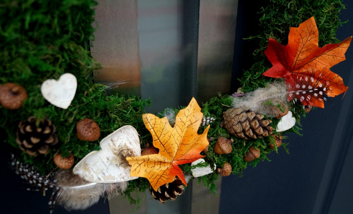 Jesienny wianek z mchu DIY
