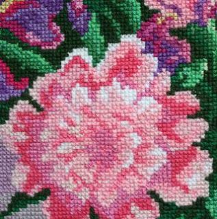 Прикладное искусство: вышивка
