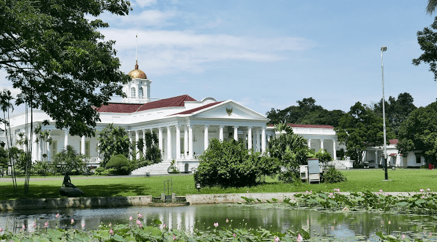 Mengupas Lima Tempat Angker Kebun Raya Bogor