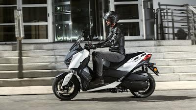 Menelusuri Ketangguhan Motor Baru Yamaha X Max