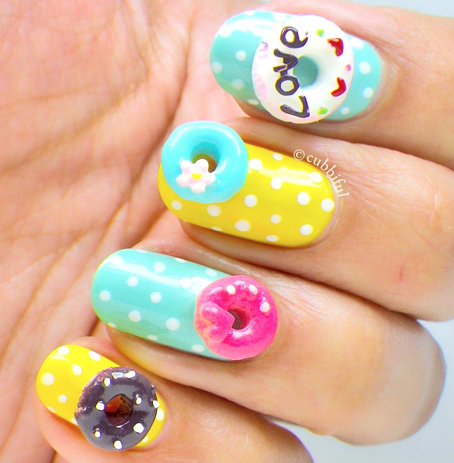Crazy Nail Art: Cubbiful: Crazy Donuts Nail Art
