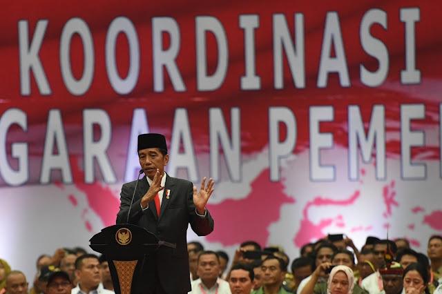 Relawan Akui Sulit Sampaikan Keberhasilan Jokowi, Pengamat: Rakyat Tahu Kebohongan Jokowi