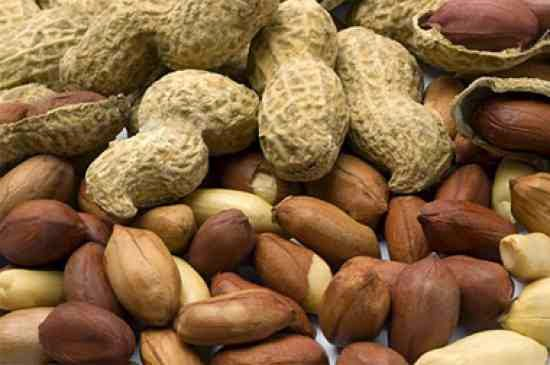 Peanuts that can trigger Acne