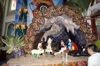 Dekorasi Gua Natal