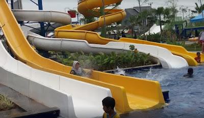 Kolam Renang Boomboom Waterpark Kota Serang Baru