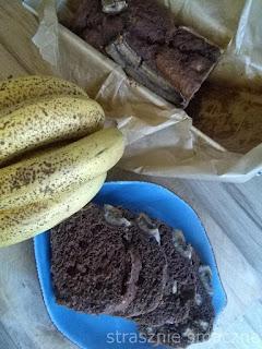 Chlebek bananowy z kakao