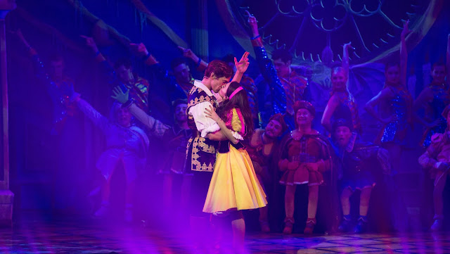 Snow White pantomime review