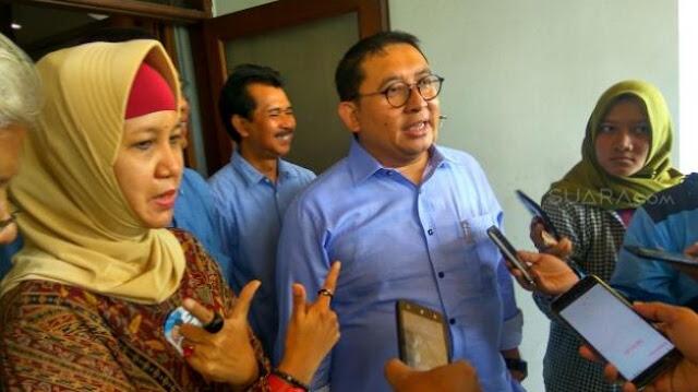 Fadli Zon: Mencabut Paksa Baliho di Pekarangan Rumah Tindakan Pidana