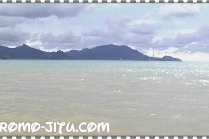 Objek Wisata Pantai Caroline Padang Sumatera Barat (Sumbar)