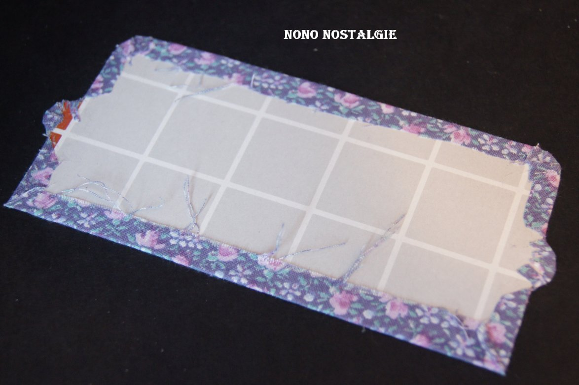 Nono mini nostalgie petit canap fleuri for Recouvrir canape tissu