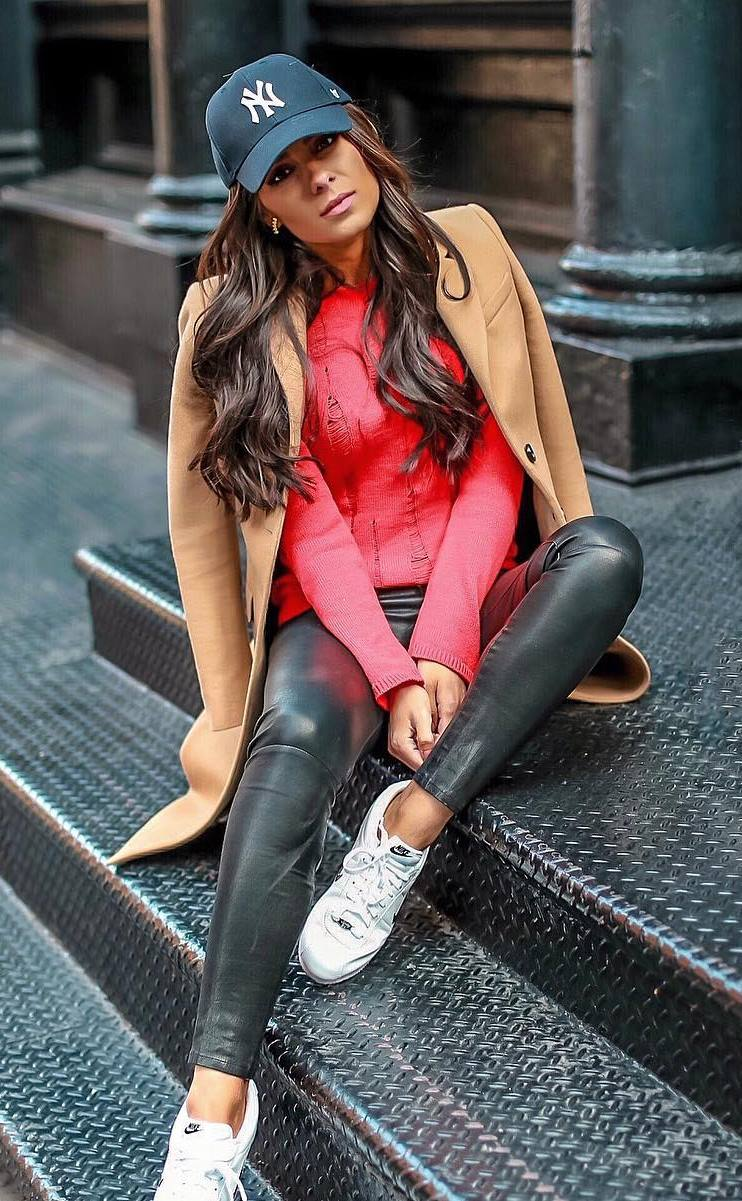 casual style obsession / hat + red sweater + nude coat + sneakers + leather skinnies