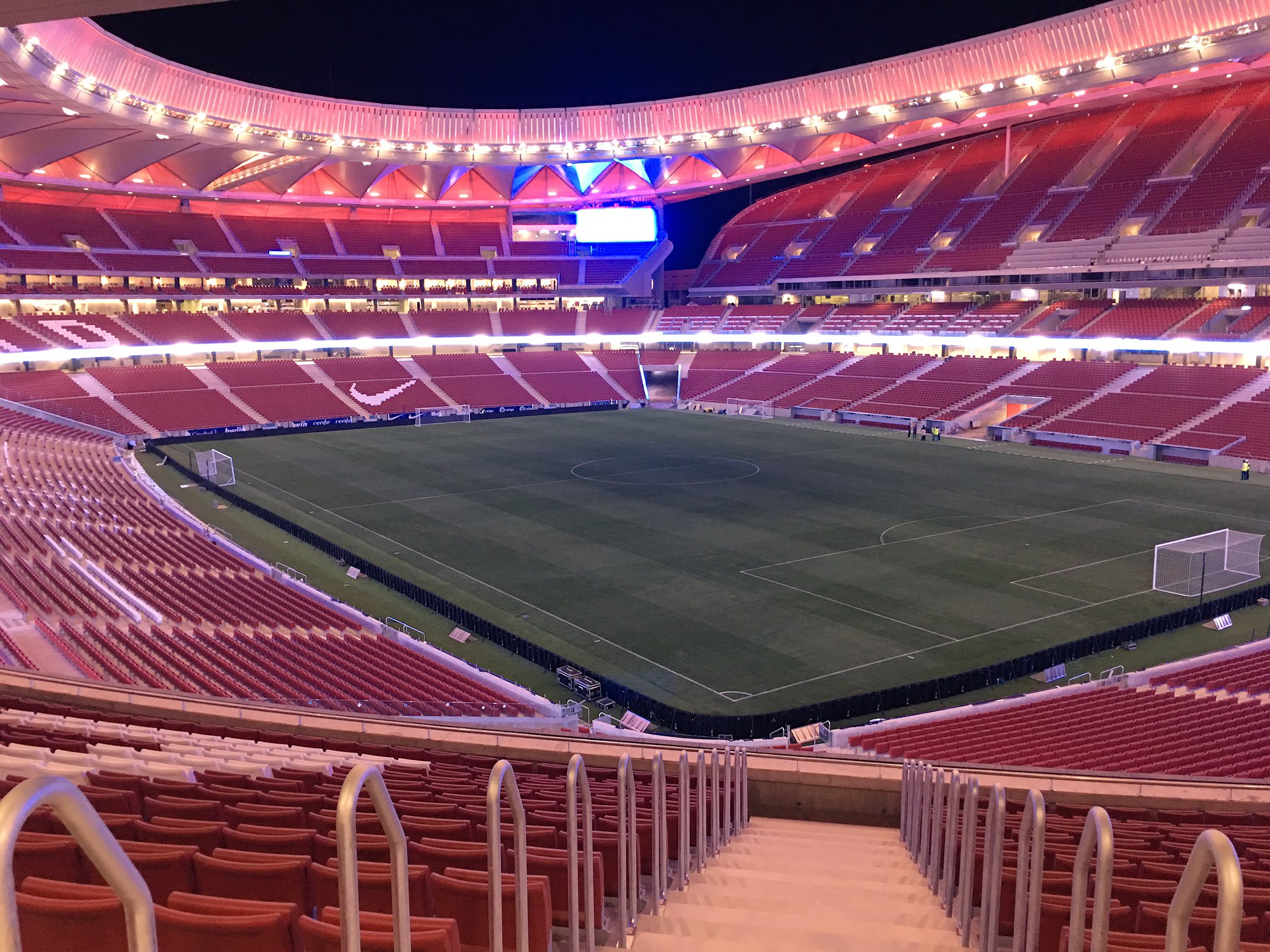 Nuevoestadioatleti nuevo estadio club atl tico de madrid for Puerta 3 wanda metropolitano