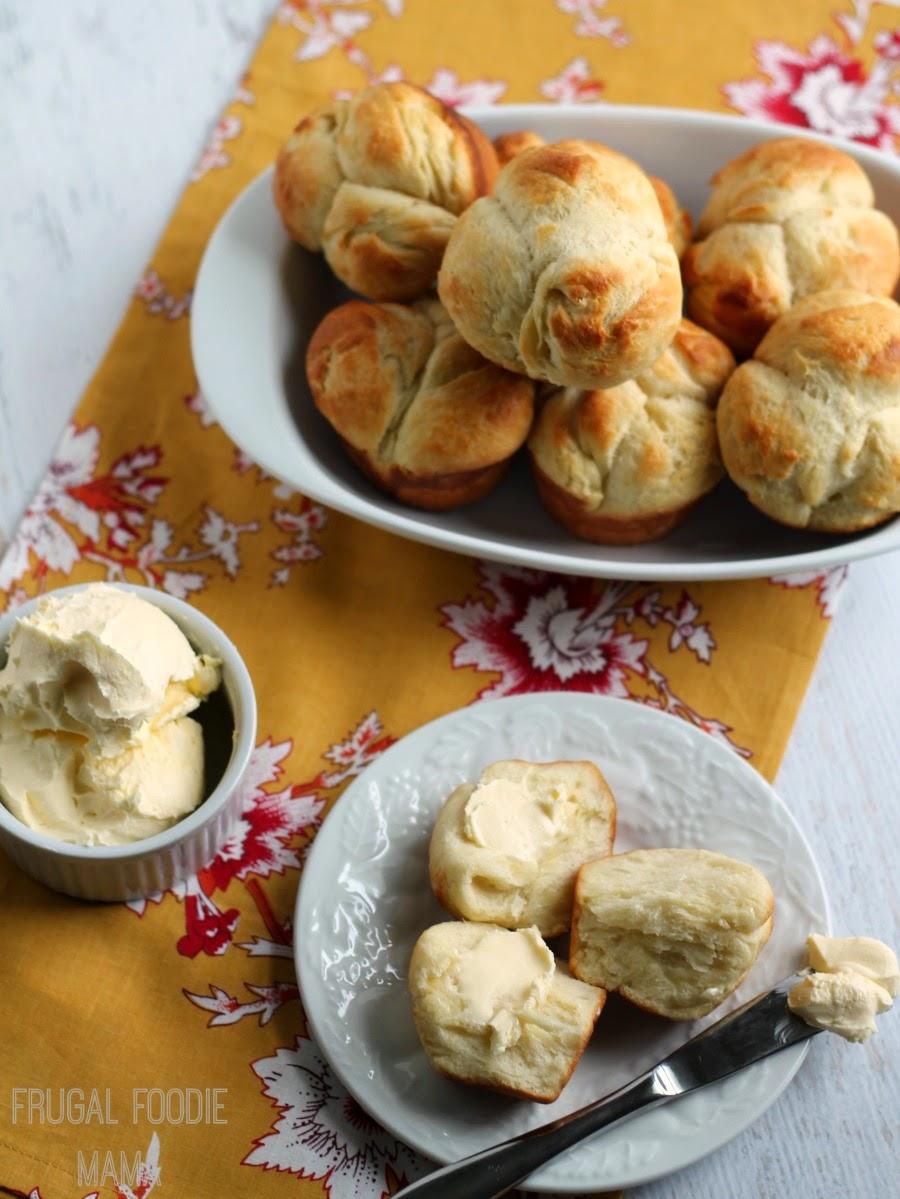 Clover Yeast Dinner Rolls | Frugal Foodie Mama