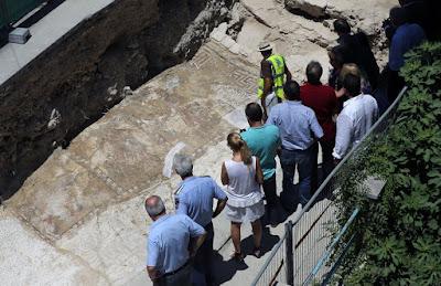 Σκάβουν για το ψηφιδωτό με τους άθλους του Ηρακλή