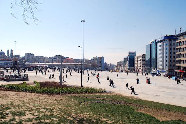 Площадь Таксим, Стамбул, Турция.