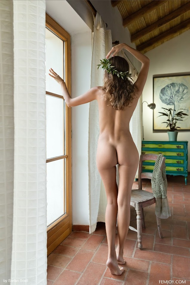 rd9v14utfsw9 FemJoy Clover Aphrodite femjoy 10020