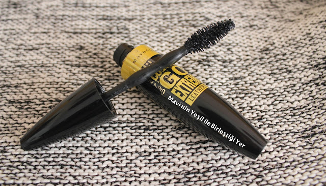 Maybelline Colossal Go Extreme Leather Mascara