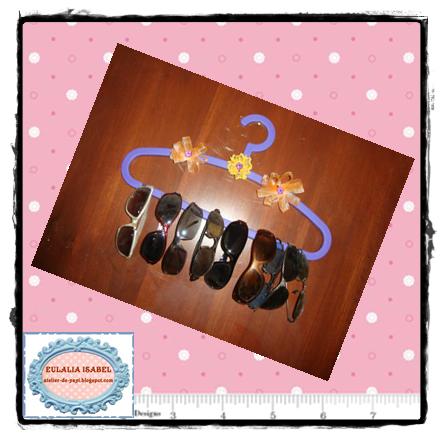 http://atelier-de-yayi.blogspot.com.es/2014/03/customizar-perchas.html