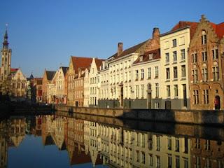 自然素材の家 中川ブログ: ヨーロッパ旅行記 ベルギー 屋根のない美術...  ヨーロッパ旅行記