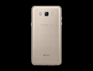 Bagian belakang Samsung Galaxy J7 2016
