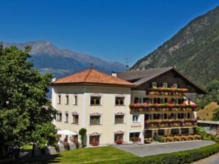 Wanderhotel Burgaunerhof im Vinschgau