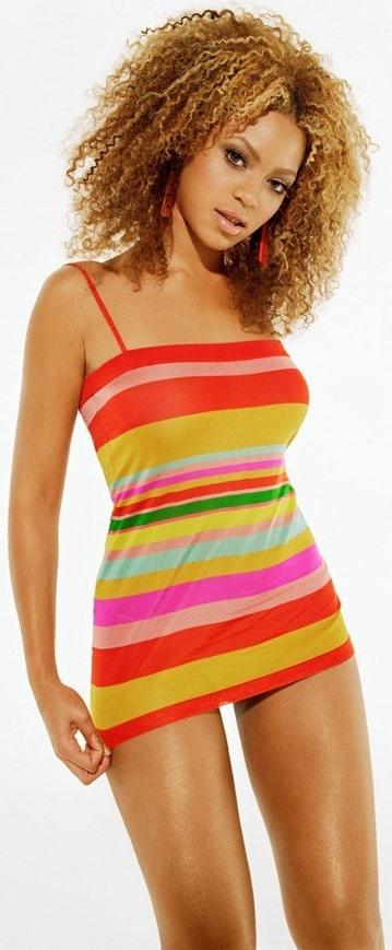 Foto de Beyonce con vestido de verano