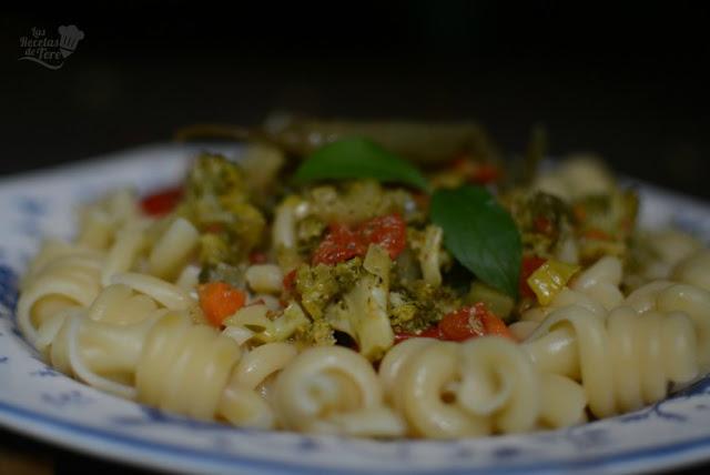 Espirales de pasta con vegetales 03