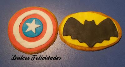 Galletas Capitán América y Batan fondant