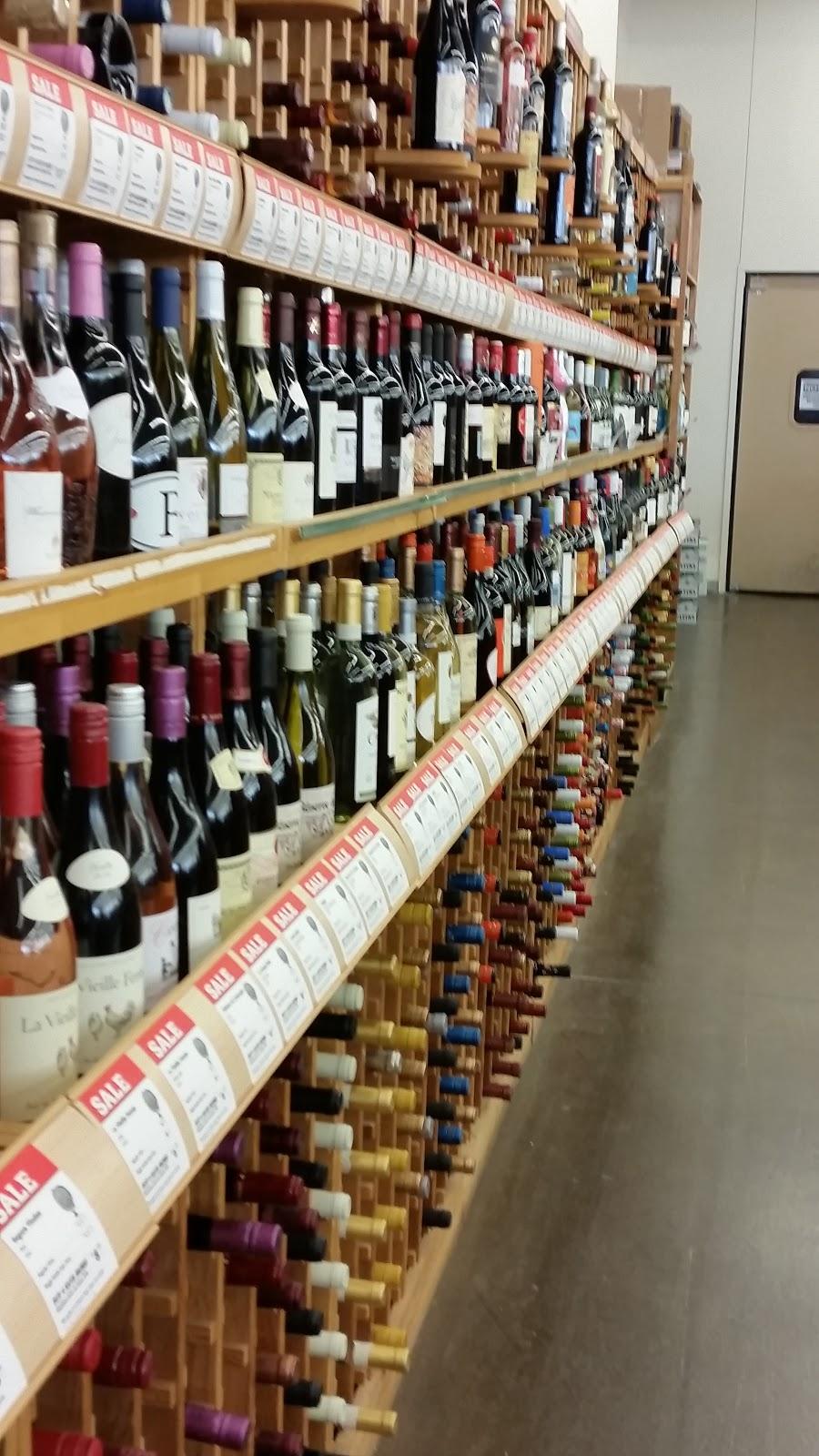 The Winos\' Wine Guide: Castello Del Poggio Moscato at World Market ...