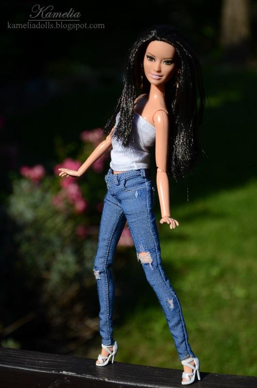 Miniature jeans