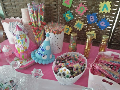 Candy booth, tema hello kitty