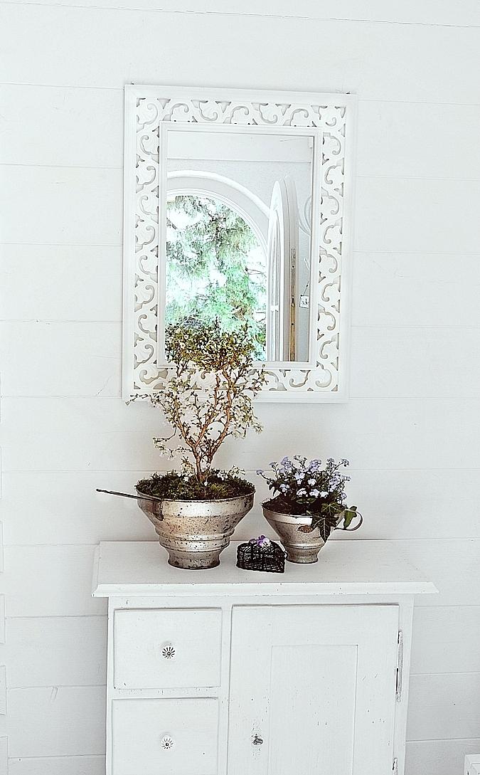 vintage blumendeko white and vintage. Black Bedroom Furniture Sets. Home Design Ideas