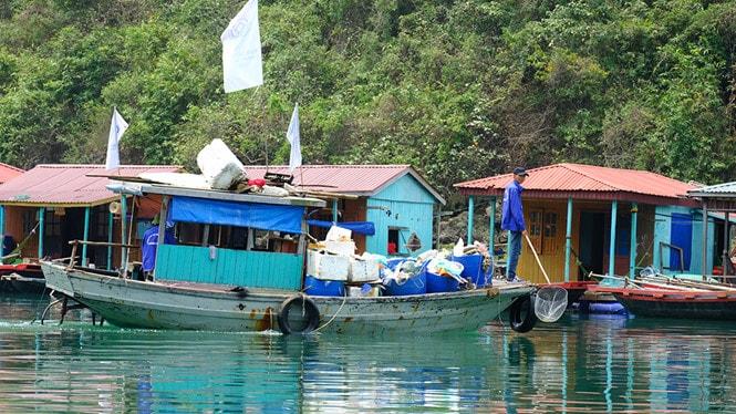 Chiêm ngưỡng làng chài đẹp nhất thế giới trên vịnh Hạ Long -15
