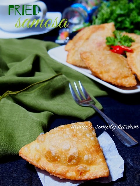deep fried samosa