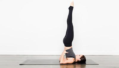 4. Sarvangasana (Pose Semua Limb)