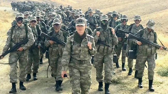 Βρετανικές ένοπλες δυνάμεις που χρονολογούνται Μπατόν Ρουζ σε απευθείας σύνδεση dating