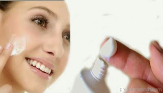 Toothpaste to treat pimples