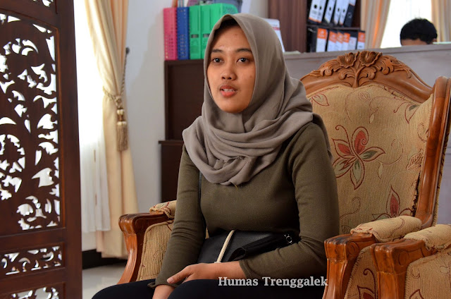 Ary Nurcahyaningsih, Kenalkan Batik Trenggalek hingga Perjuangkan ODHA di AYIMUN 2018, Bangkok Thailand