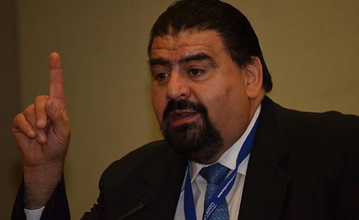 Eduardo Solís, presidente de la AMIA. (Foto: VI)