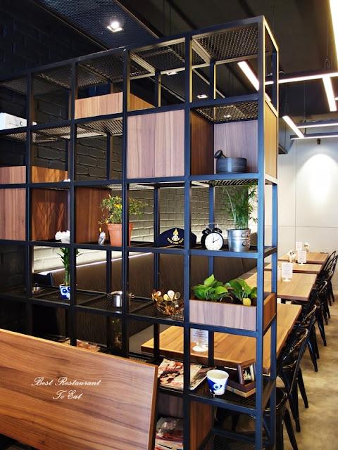 Pim's Thai Seafood Restaurant Bukit Tinggi Interior