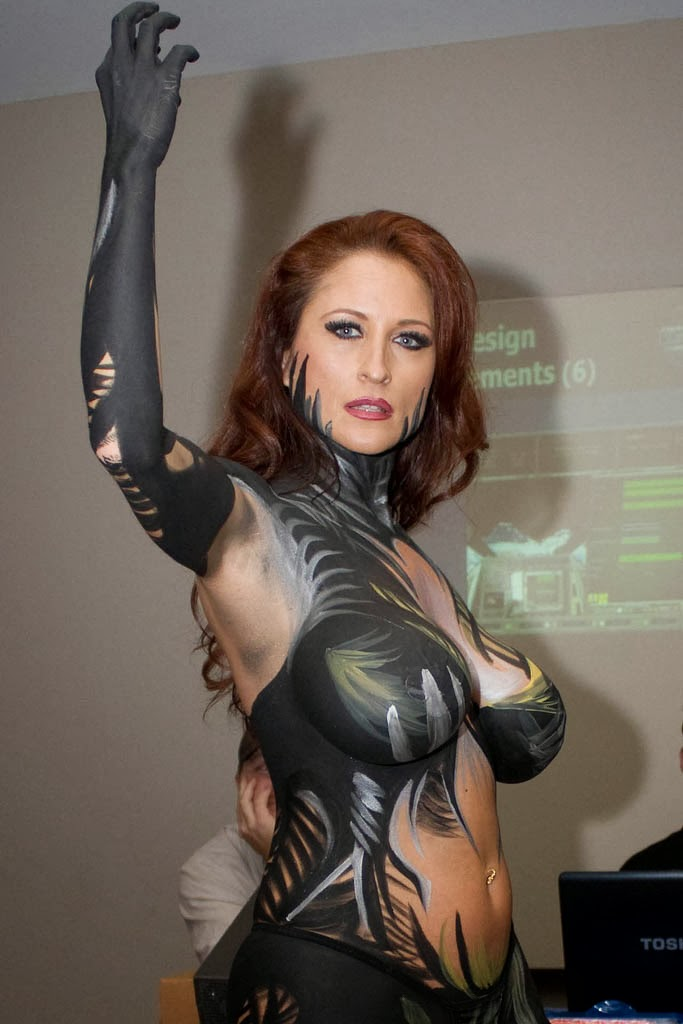Body Painting sexy cosplay - Witchblade