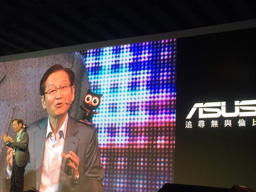 華碩ZenFone 2開賣,挑戰2,500萬支出貨高標