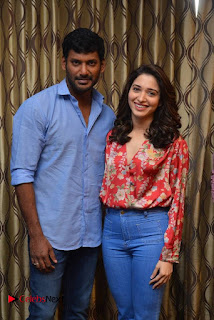 Vishal and Tamannah Stills at Okkadochadu Movie Press Meet  0002.jpg