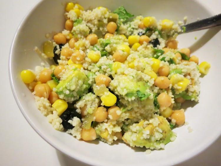 Salada de Couscous, Abacate e Hortelã