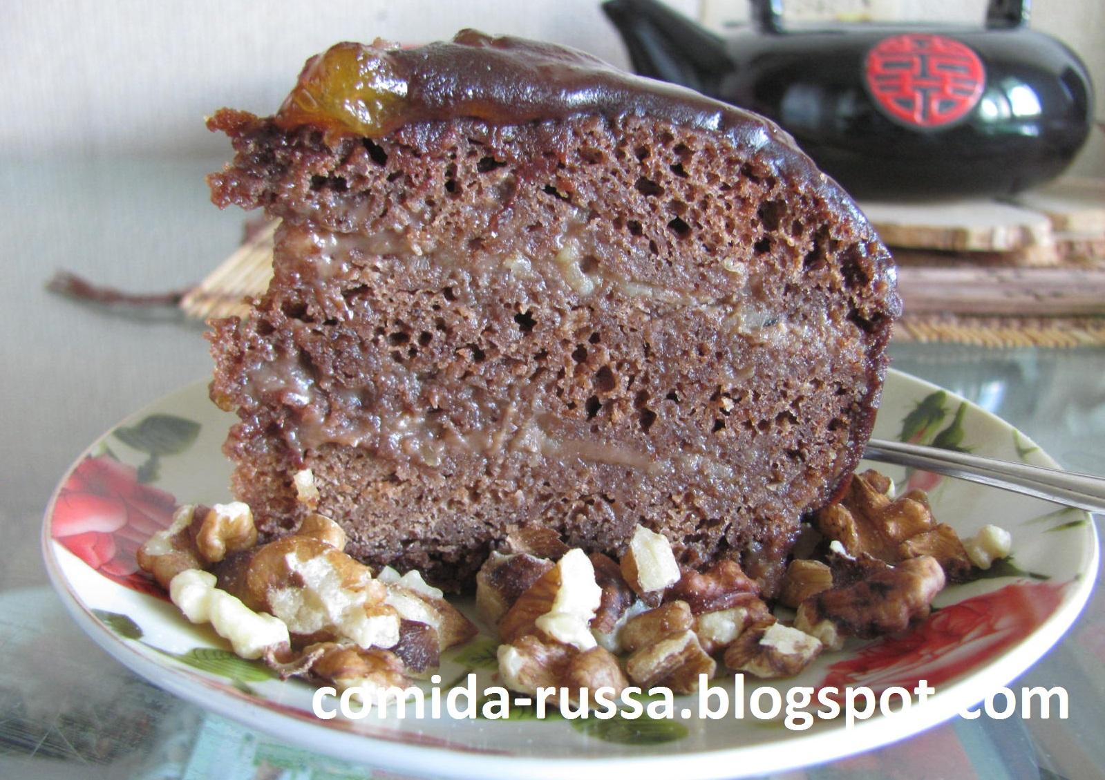 Unha receita simple para o bolo de Praga con leite condensado